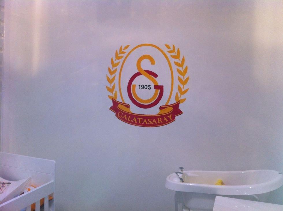 graffiti kinderkamer  galatasaray logo